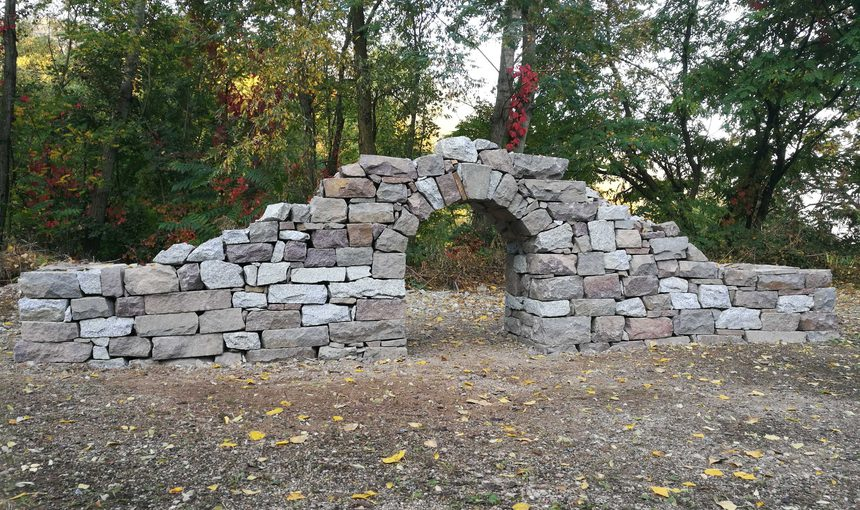 Paesaggi di pietra. Ricomporre processi naturali e progetto di luoghi