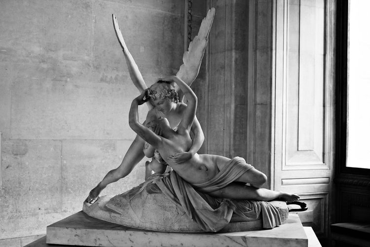 """Paris - Musée du Louvre - Amour et Psyché"" by **Butterflies.And.Hurricanes is licensed under CC BY-NC-ND 2.0"